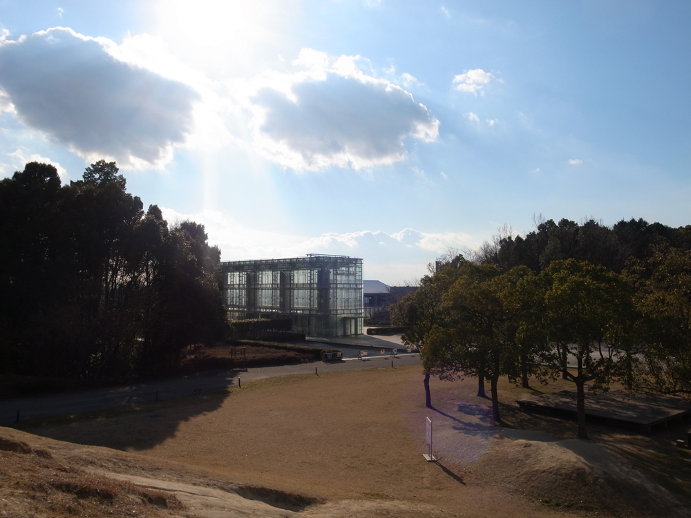 岡崎市美術博物館 / Akira Kuryu