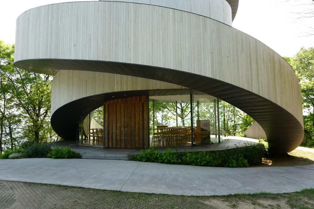 中村拓志-Ribbon chapel