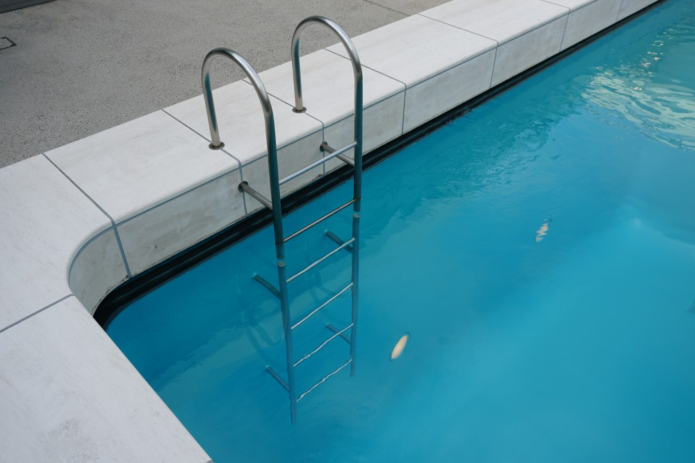 Leandro ERLICH - The Swimming Pool